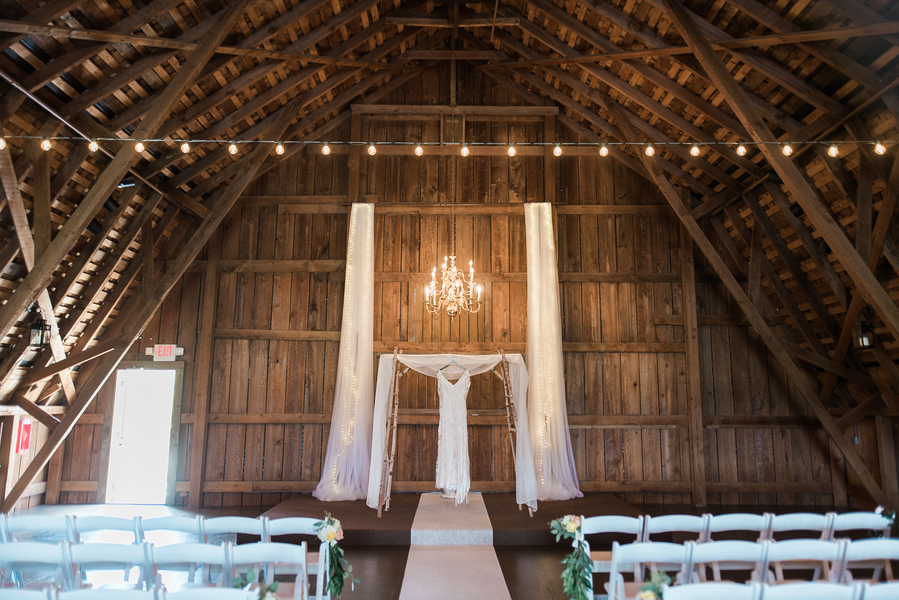Washington English Garden Barn Wedding